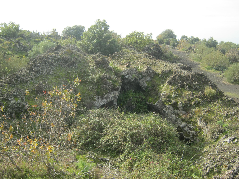 Grotte di sciara galifi e mezzasciara sagra salsiccia e for Motta arredi ragalna