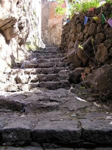 foto-1-ingresso-grotta-della-chiesa