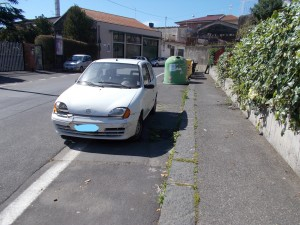 5auto-abbandonata-via-ferro-fabiani-25aprile2020-3_li
